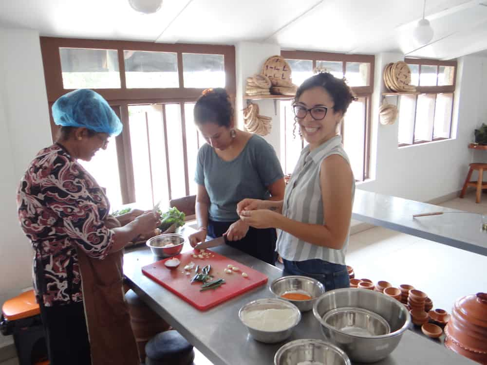 Sthree Cafe Cooking Class_sustainable_travel_guide_srilanka